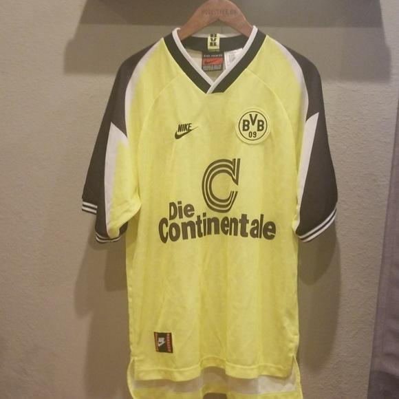 low priced 3d8d3 c7795 Nike Vintage Borussia Dortmund Jersey size XL